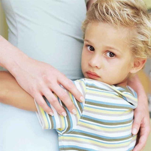 Может ли отец отказаться от ребенка и не платить алименты