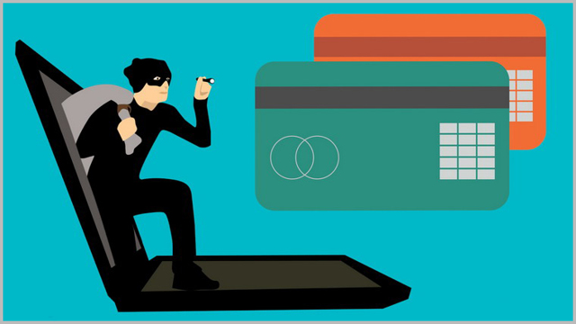 Как мошенники снимают деньги с карты и можно ли вернуть их