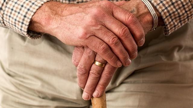 Заявление о назначении пенсии по старости - образец 2019 года