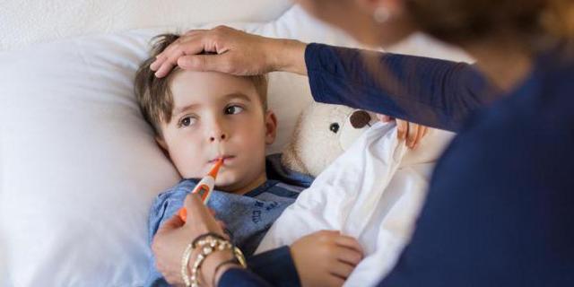 Выдача больничного листа по уходу за ребенком