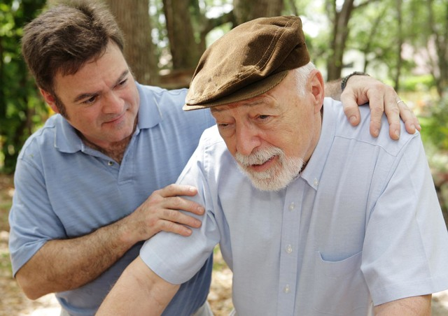 Как осуществляется опекунство над пожилым человеком 80 лет