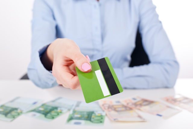 Какие преимущества и недостатки потребительского кредита