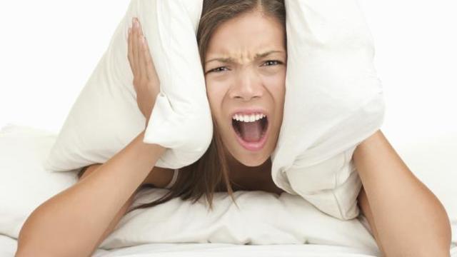 Что делать если шумят соседи после 23.00 в квартире