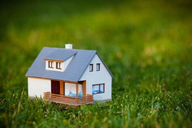 Можно ли использовать средства материнского капитала на покупку земли