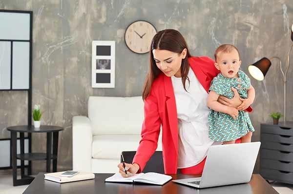 Взимается ли подоходный налог с пособия по беременности и родам