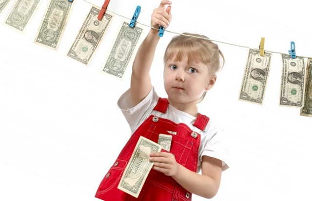 Могут ли приставы списать денежные средства являющиеся детскими выплатами