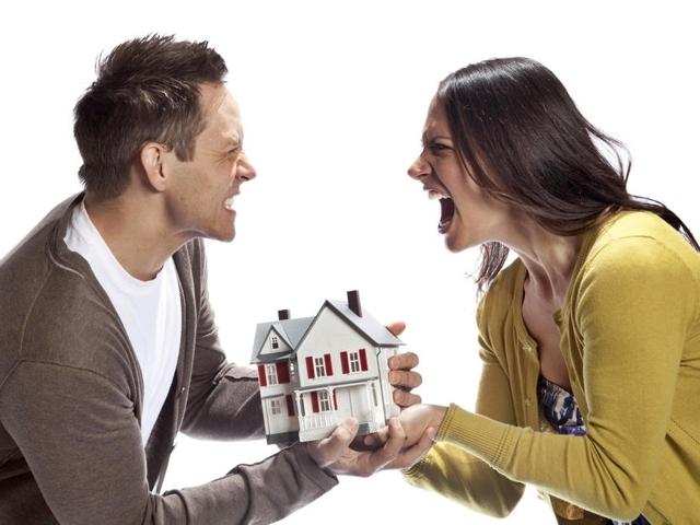Раздел квартиры при разводе или после: ситуации, правила и способы