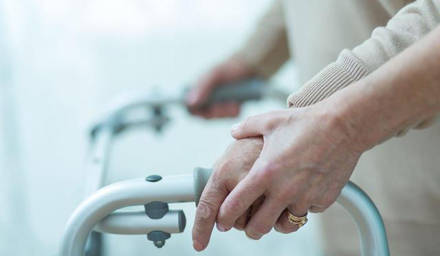 Опекунство над инвалидом 2 группы: выплаты и нюансы