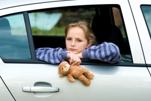 Можно ли оформить машину на несовершеннолетнего ребенка