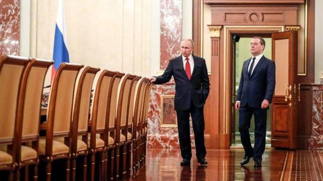 Отставка Дмитрия Медведева